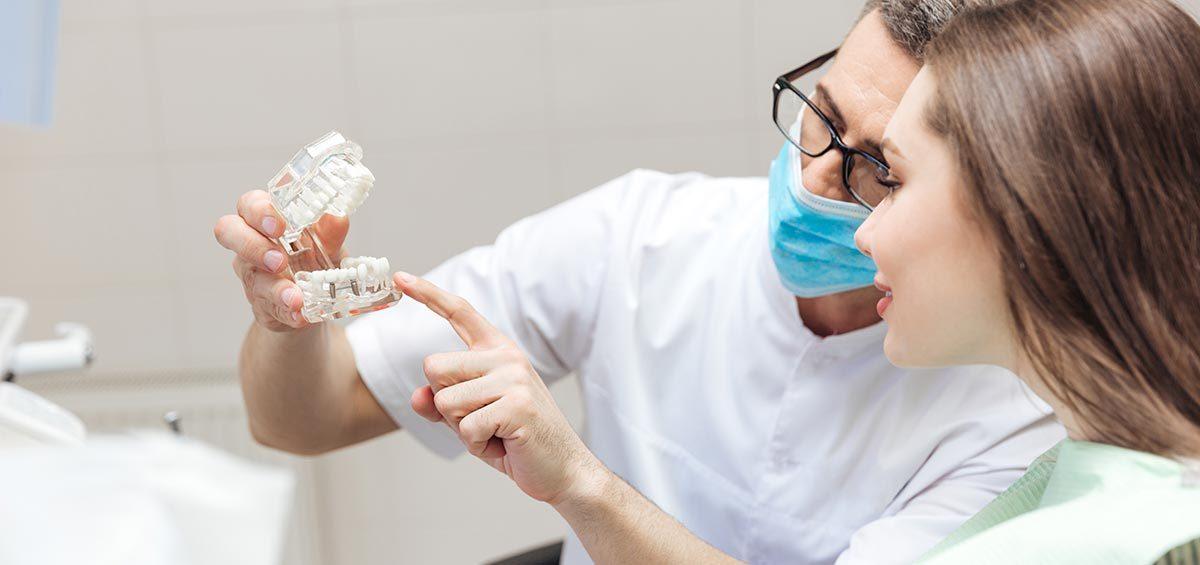 implantes-enfermedad-encias